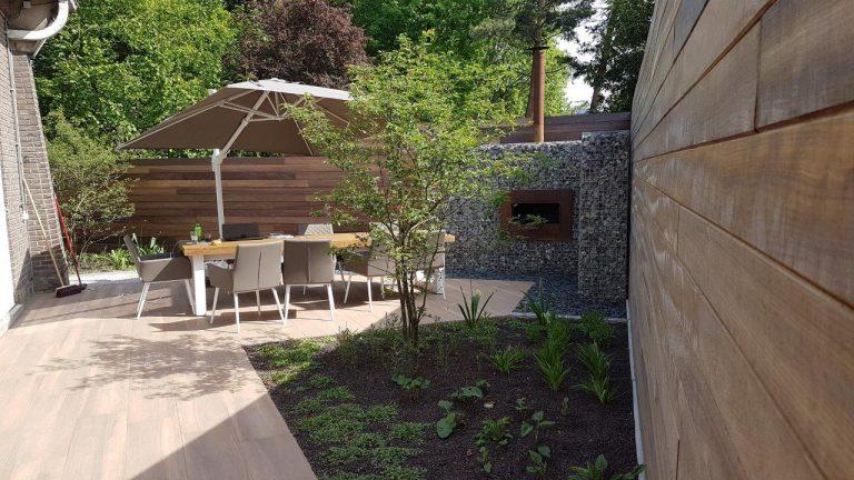 Gentbrugge: kleine tuin omgetoverd tot parel van een gezellige stadstuin